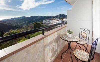 Doit-on fixer une mezouza à la porte d'un balcon ou d'une terrasse?